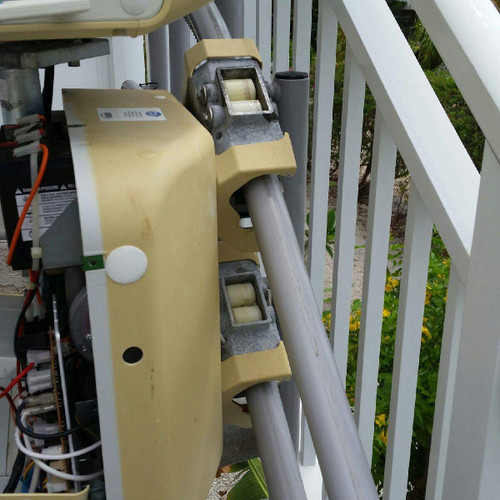 Handicare Handicare Sterling Friction Roller Assembly