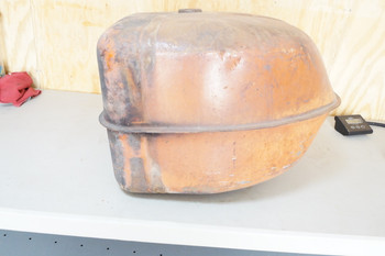 USED ALLIS CHALMERS GAS TANK - D19 (261)