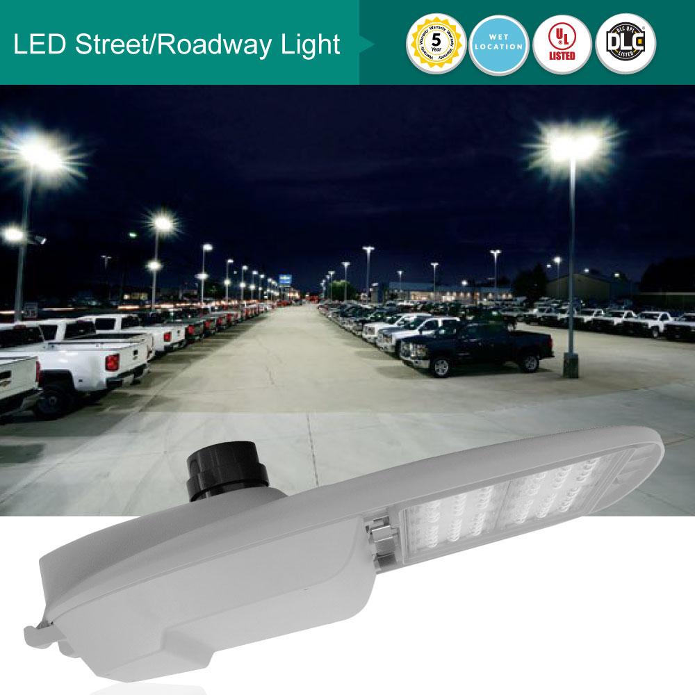 LED Street/Roadway Lights With Nema Twist-Lock Photocell - 200 Watt - 25300 Lumens 5000K Daylight
