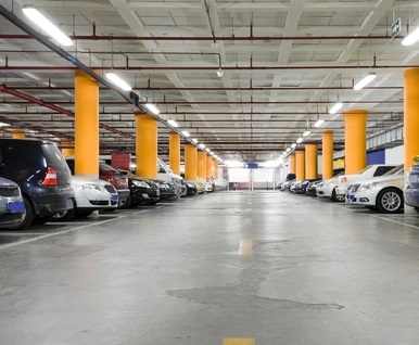 LED Vapor Tight Garage Light Fixture - 50 Watt 6,400 Lumens - 4 Foot  - With 800 Lumen Battery Back-Up - 5000K Daylight.