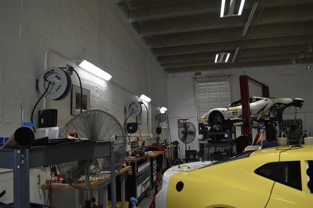 LED Waterproof Vapor Tight Light for Carports, Parking Garages and Wet Locations - 75 Watt 9,300 Lumens - 4 Foot - 5000K Daylight.