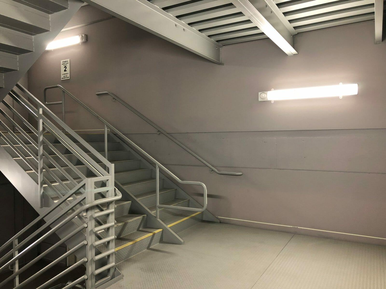 Bi-level LED Stairwell or Garage Light with Programmable Motion Sensor - Damp Location - 4FT - 25W - 3000 Lumens