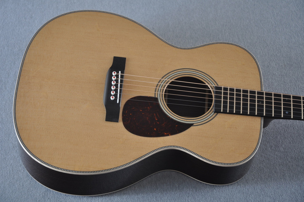 Martin OM-28 Modern Deluxe Acoustic Guitar #2246100 - Top