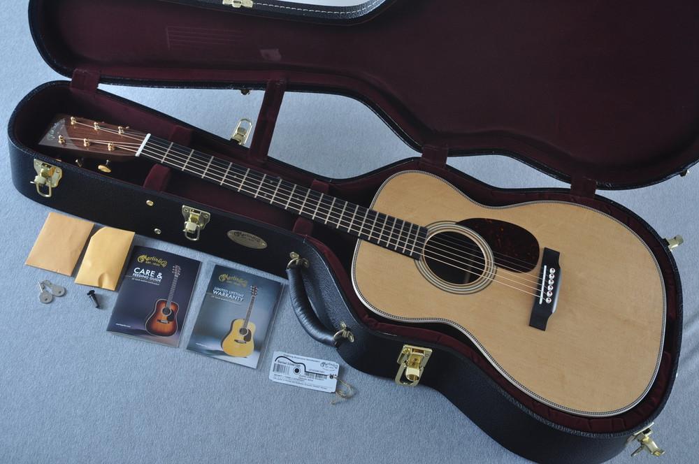 Martin OM-28 Modern Deluxe Acoustic Guitar #2246100 - Case