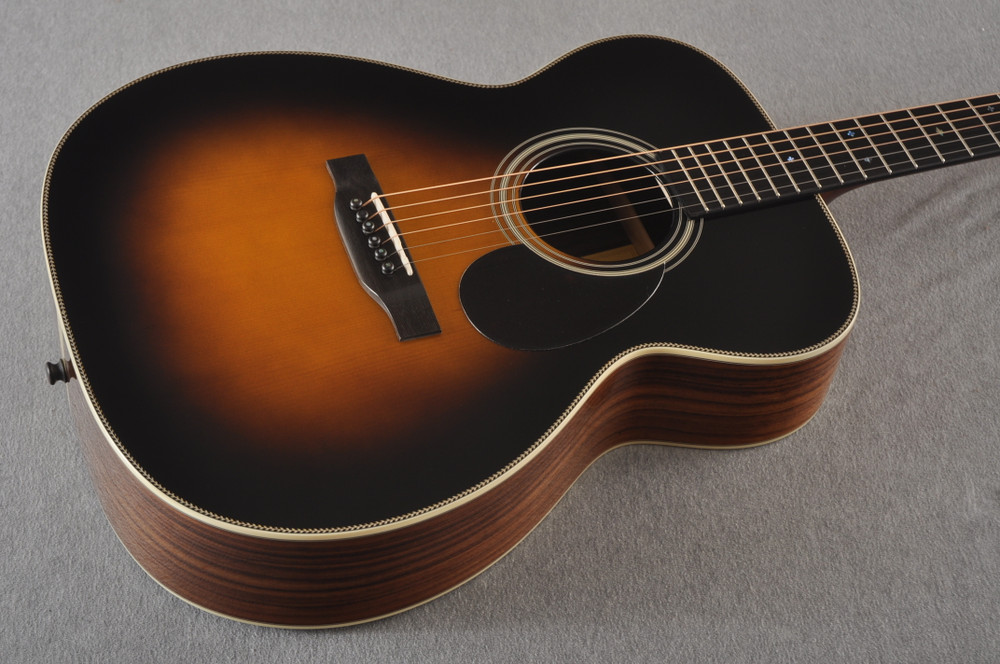 Eastman OM Acoustic Guitar Orchestra E20OM Adi Top Sunburst