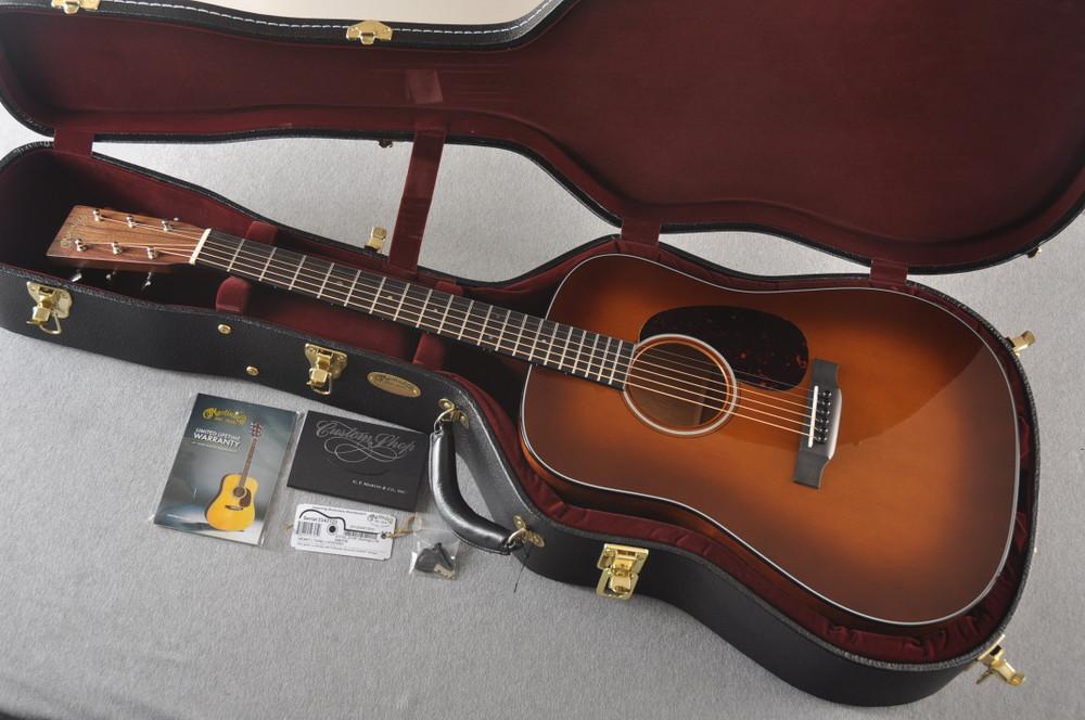 Martin Custom Dread Style 18 GE Adirondack Ambertone #2342123 - Case