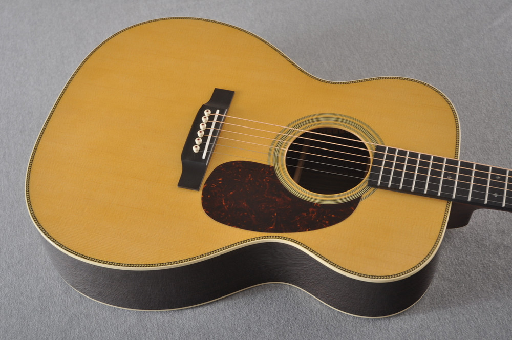 Martin 000-28 Acoustic Guitar #2345434 - Top Angle