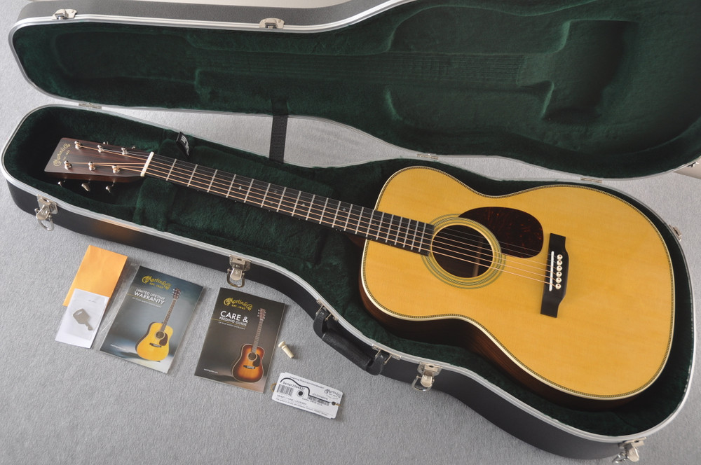 Martin OM-28 Orchestra Model Acoustic Guitar #2354437 - Case