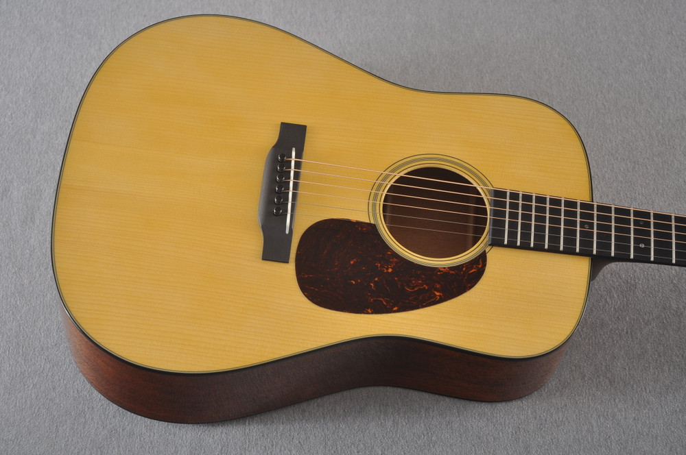 Martin Custom Dread Style 18 GE Adirondack Modified V #2360915 - Top
