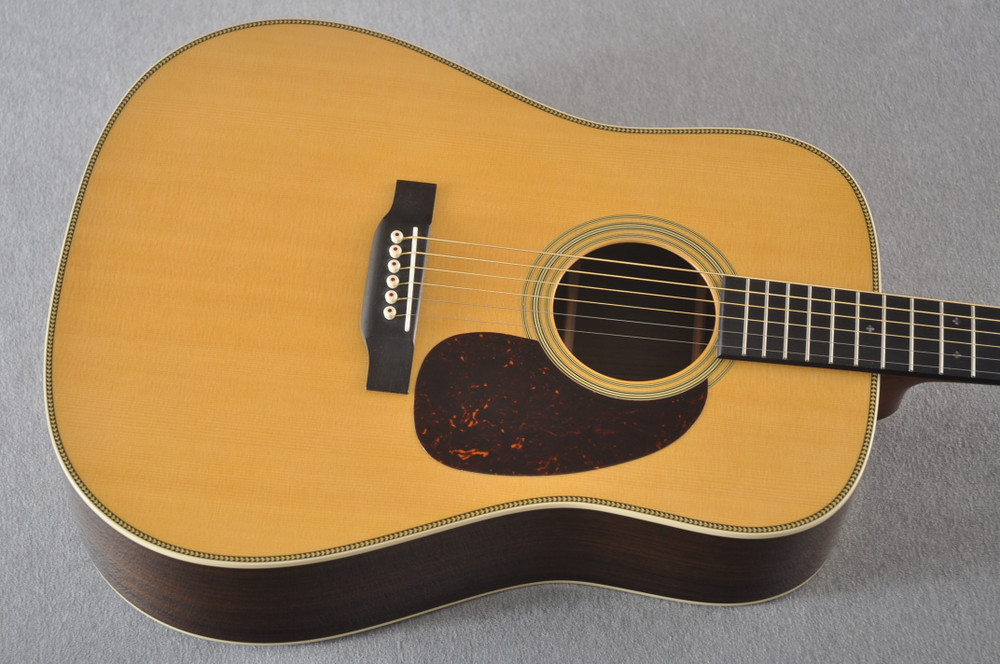 Used Martin HD-28 Dreadnought Acoustic Guitar #2251978 - Top