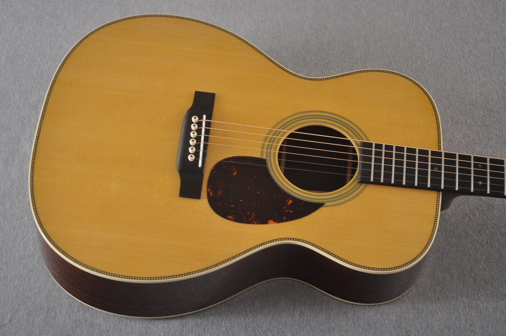 Martin OM-28 Orchestra Model Acoustic Guitar #2360640 - Top