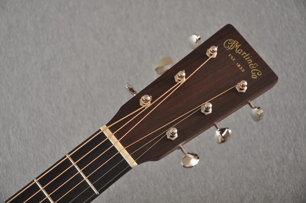 Martin Custom Dread Style 18 GE Adirondack Ambertone #2386331 - Headstock