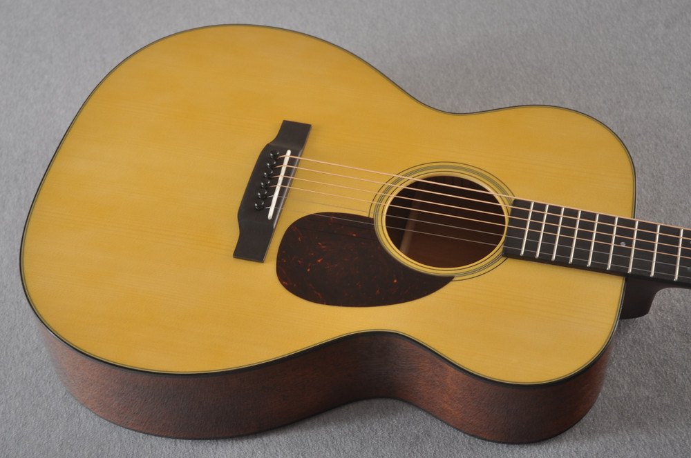 Martin Custom OM Style 18 Adirondack Sinker Mahogany #2398533 - Top Angle