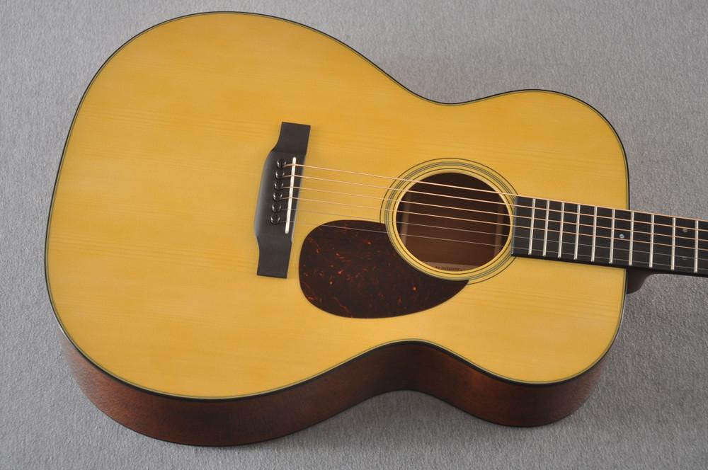 Martin Custom OM Style 18 Adirondack Sinker Mahogany #2398533 - Top