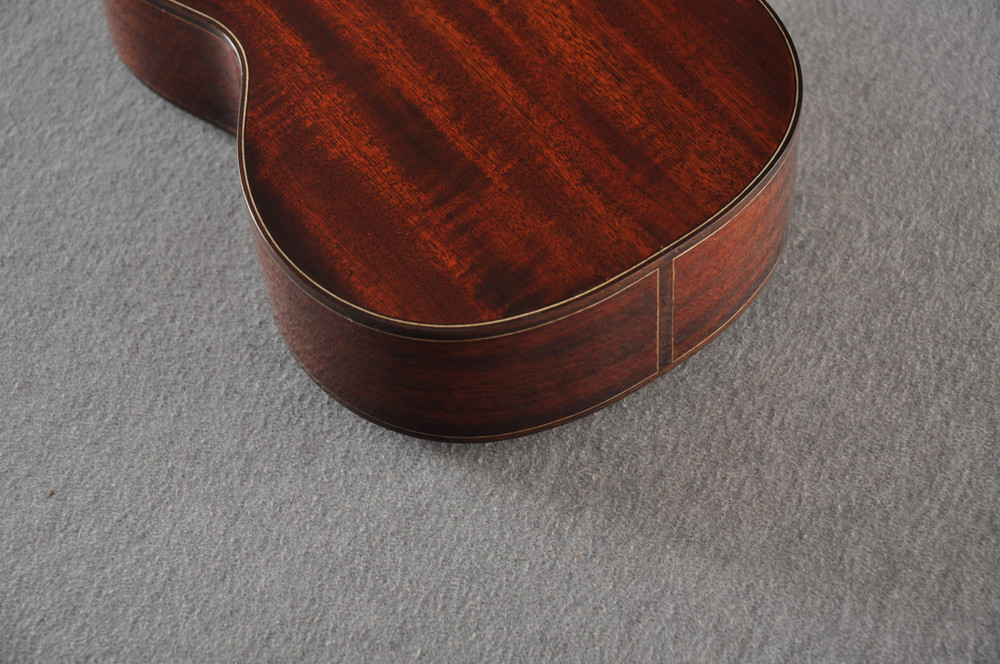 Eastman Soprano Ukulele EU3S Solid Mahogany Top Back and Sides - View 7