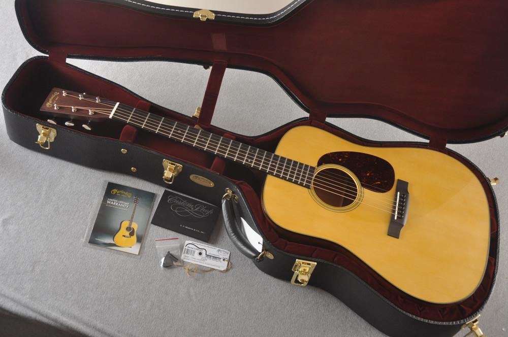 Martin Custom D Style 18 Adirondack Mahogany Dread #2386327 - Case