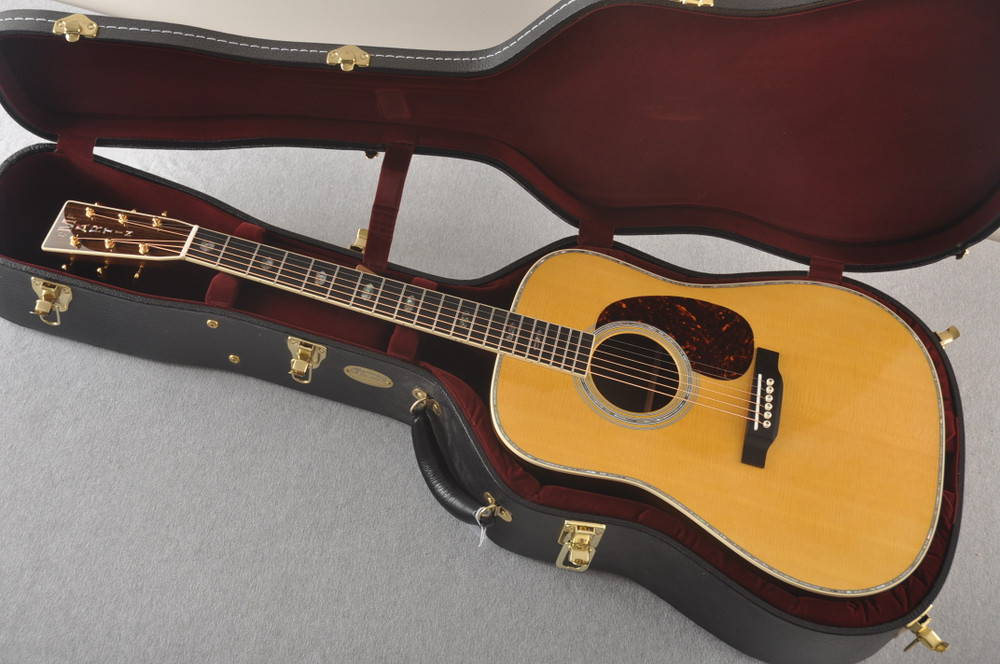 Used 2020 Martin D-41 #2347438 - Case