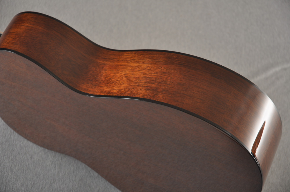 Martin 000 Custom Style 18 GE Adirondack Sinker #2441727 - Side
