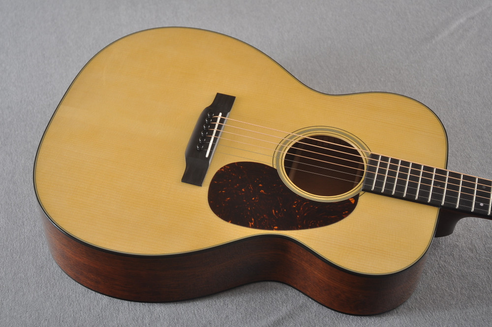 Martin 000 Custom Style 18 GE Adirondack Sinker #2441727 - Top Angle