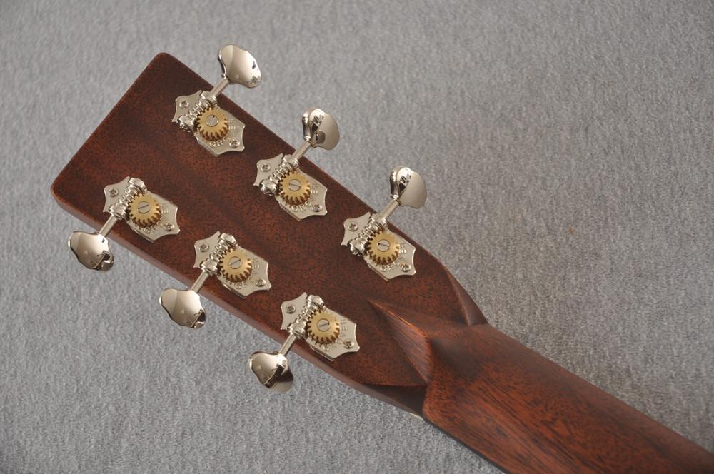 Martin Custom 000 Style 28 Adirondack Ambertone Guitar #2439245 - Back Headstock