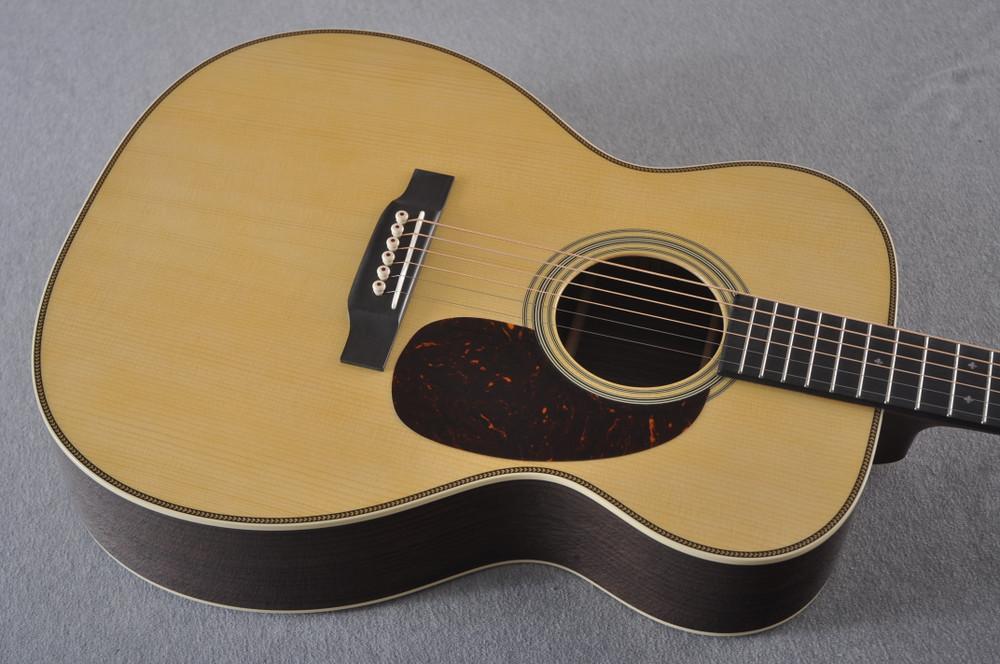 Martin Custom 000 Style 28 Adirondack Guitar #2439246 - Top Angle