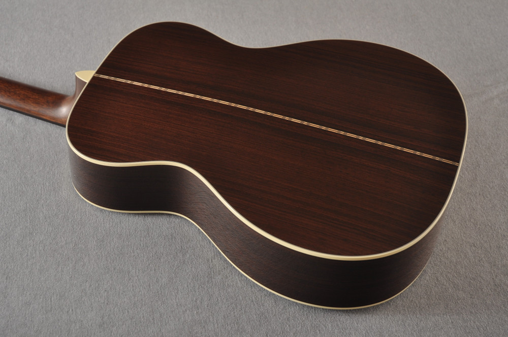 Martin Custom 000 Style 28 Adirondack Sunburst Guitar #2439240 - Back