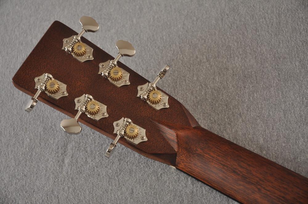 Martin Custom 000 Style 28 Adirondack Sunburst Guitar #2439240 - Back Headstock