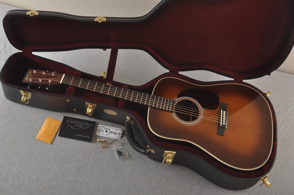 Martin Custom HD Dreadnought 28 Adirondack Ambertone #2441732 - Case