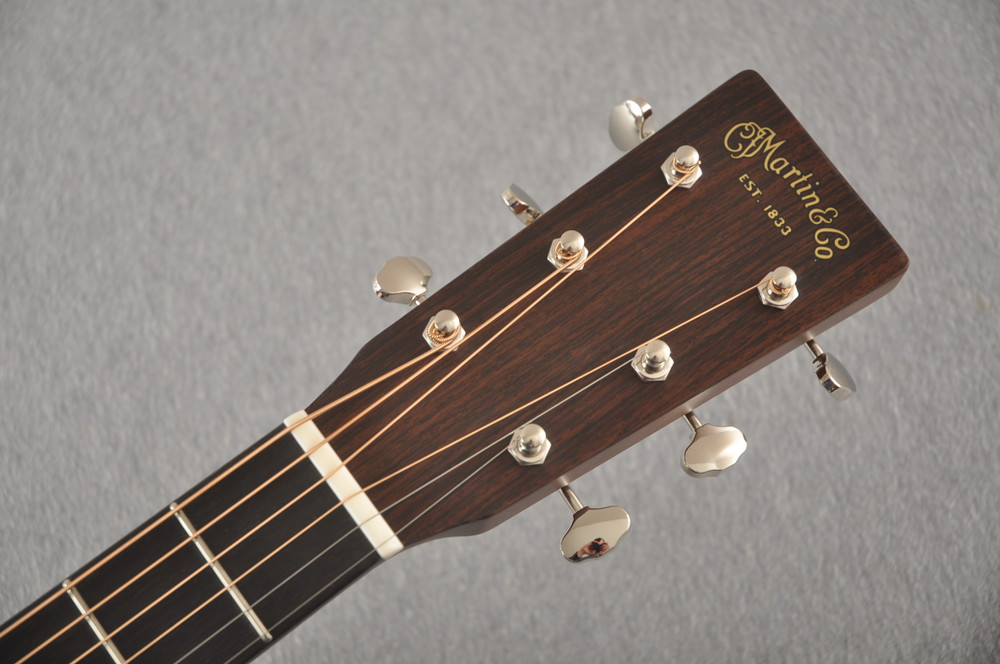 Martin Custom 000 Style 18 Adirondack Acoustic Guitar #2441725 - Headstock