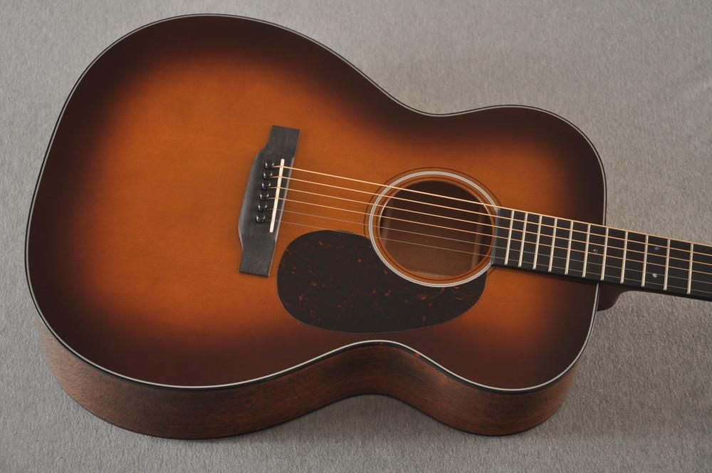 Martin 000 Custom Style 18 Adirondack Ambertone Guitar #2483234 - Top