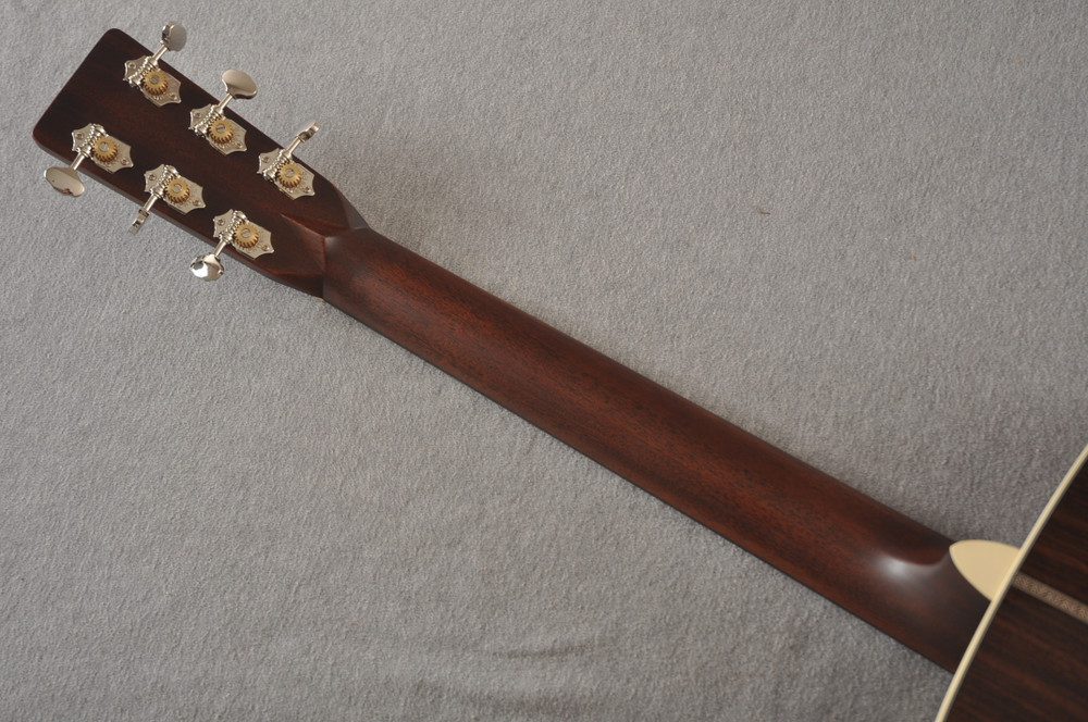 Martin Custom HD Style 28 Adirondack Ambertone #2483255 - Back Neck