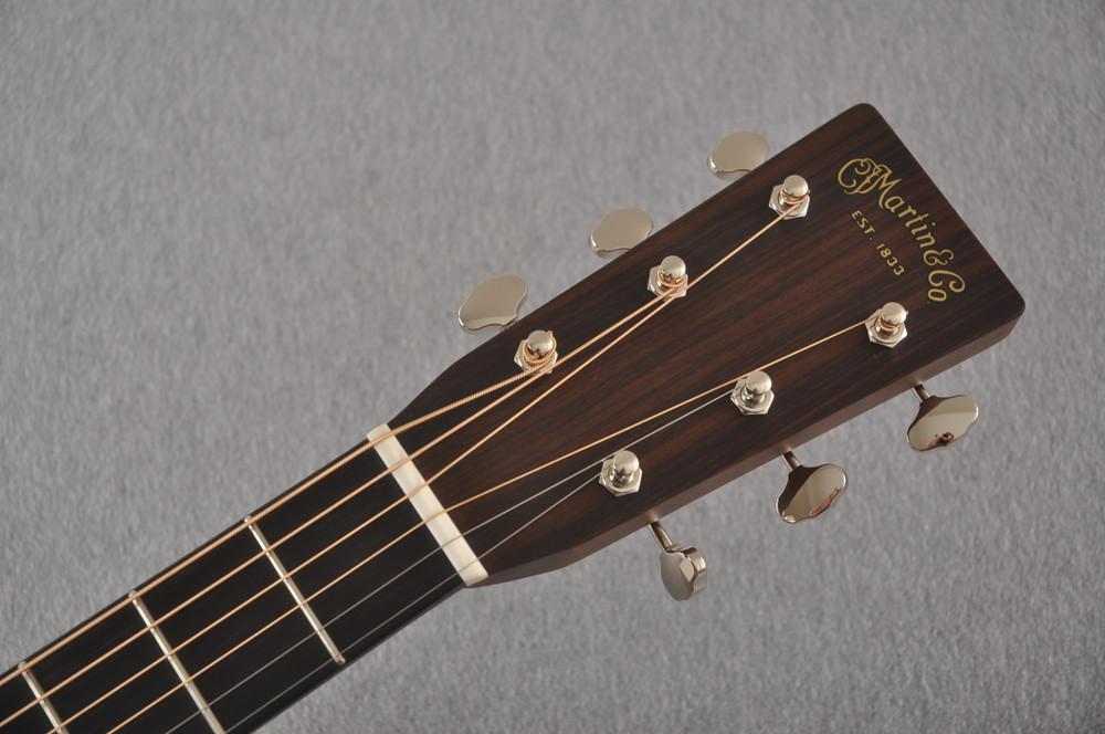 Martin Custom 000 Style 28 Adirondack Ambertone Guitar #2483237 - Headstock