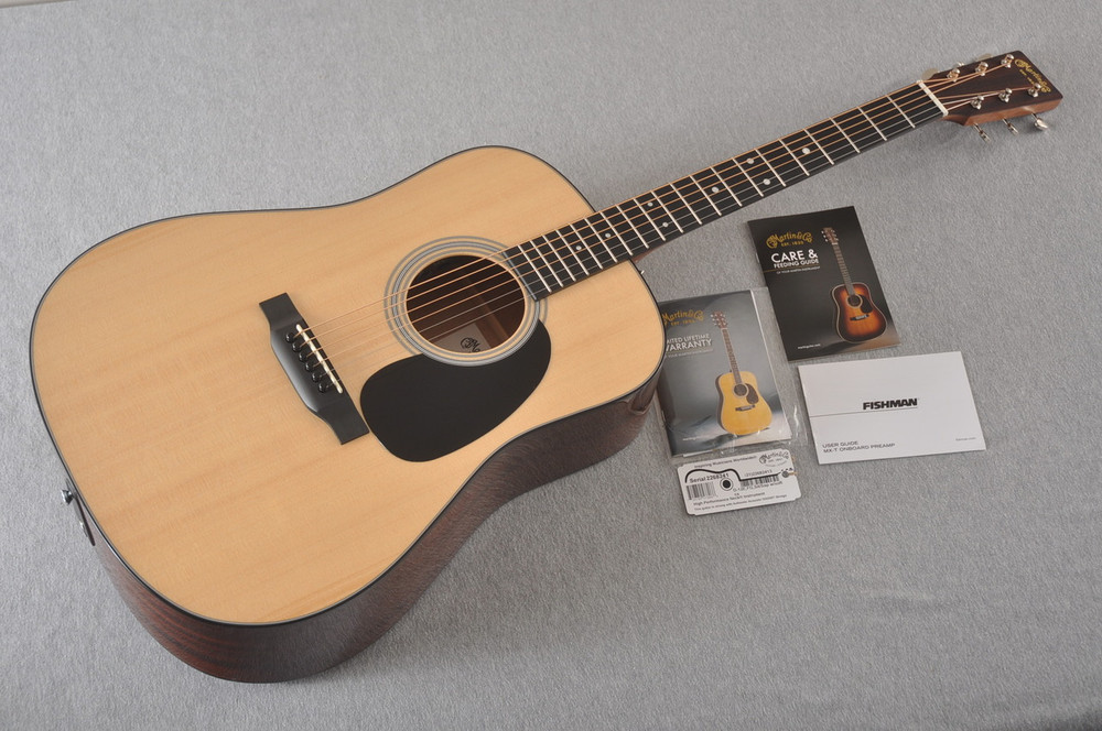 Martin Road Series - Acoustic Electric Guitar - D-12E - 2268241 - View 2