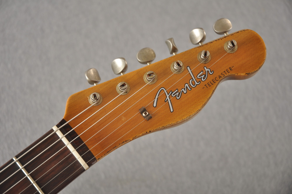 Fender Custom Shop 1961 Telecaster Relic Olympic White - View 3