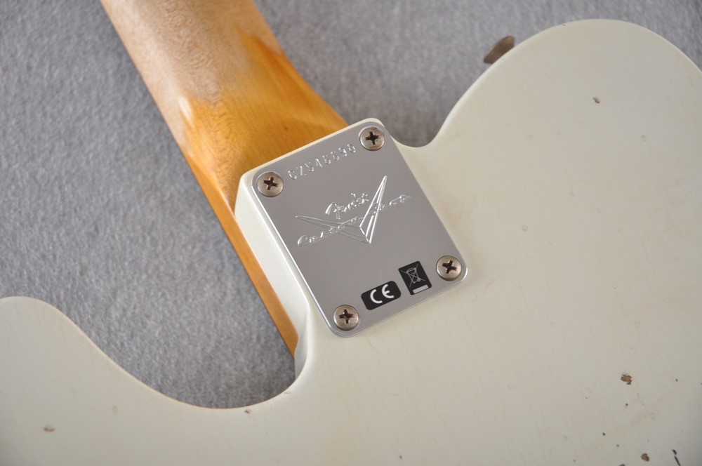 Fender Custom Shop 1961 Telecaster Relic Olympic White - View 4