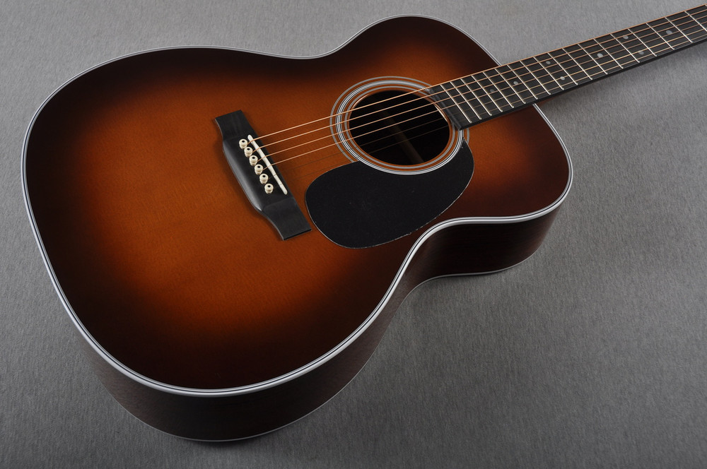 "2016 Martin Custom Shop 000-28 Guatemalan Ambertone 1 3/4"" Nut #2021545 - Beauty"