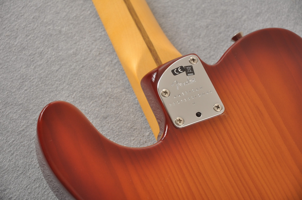 Fender American Professional II Telecaster Sienna Sunburst - View 5