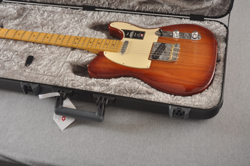 Fender American Professional II Telecaster Sienna Sunburst - View 2
