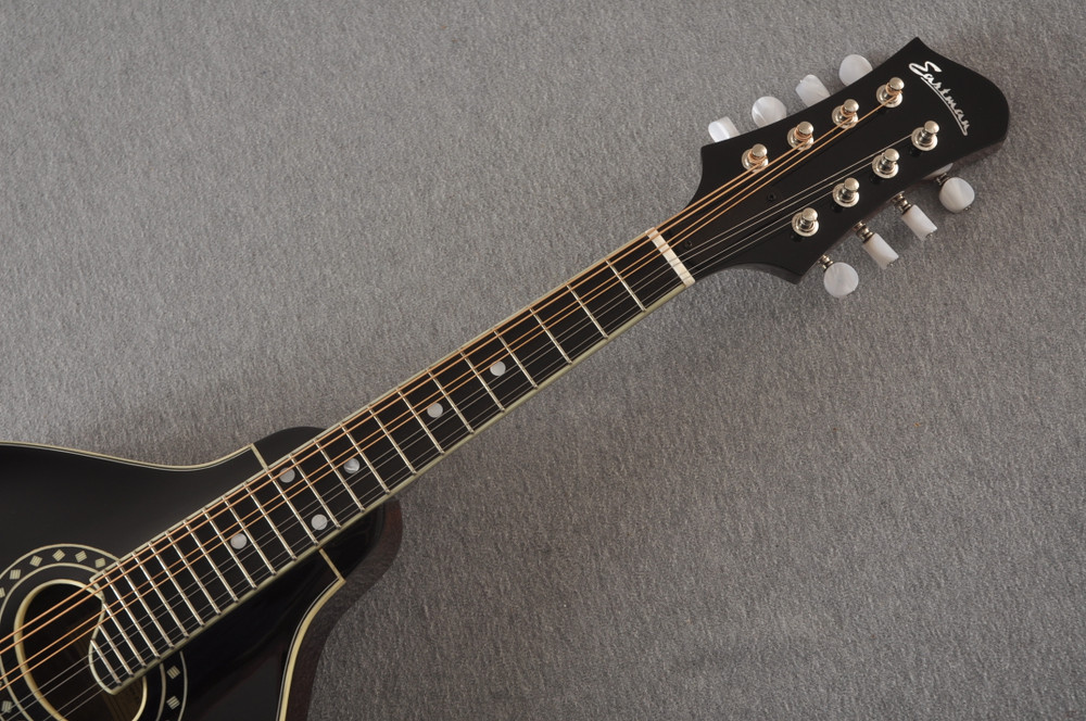 Eastman MD404 Black Mandolin A Style Oval Hole Solid Spruce Top - View 3