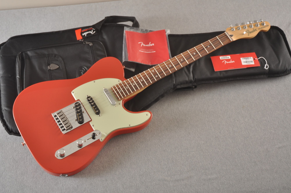 Fender Deluxe Nashville Tele - Fiesta Red Telecaster - View 2