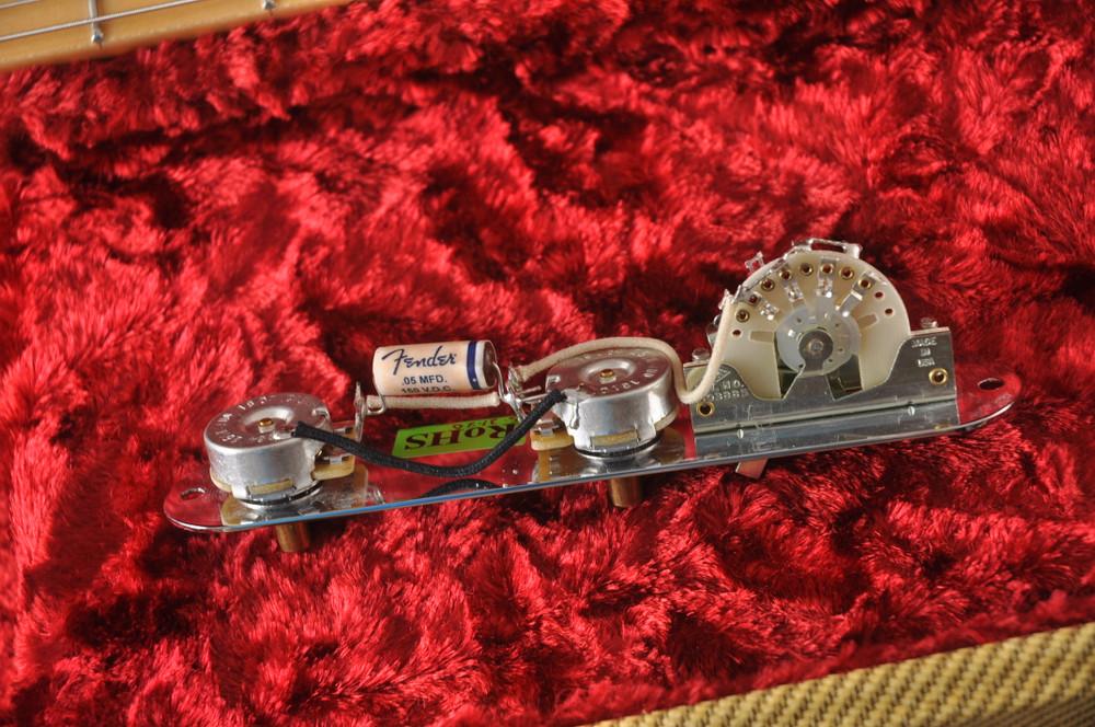 Fender Custom Telecaster Vintage 1958 Top Load Tele White Blonde - View 4