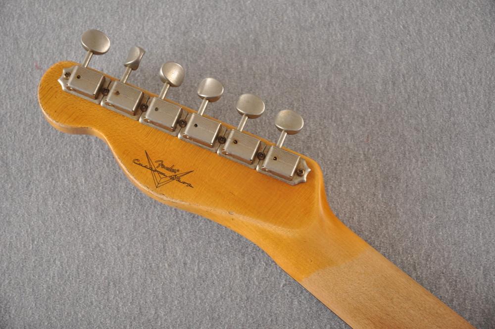 Fender Custom Shop 1961 Telecaster Relic Sunburst Texas Specials - View 4