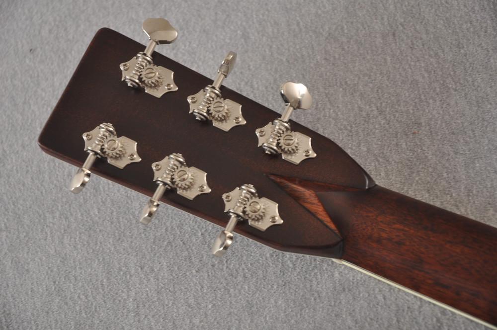 Eastman E40OM Acoustic Guitar Orchestra Model Adi Top Sunburst - View 7