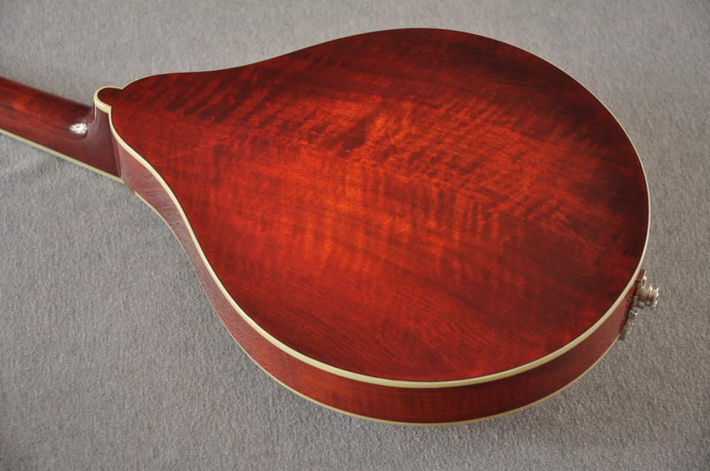 Eastman Mandolin MD605 Electric Pickup With Solid Spruce Top - View 8