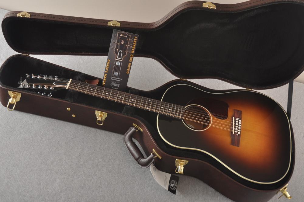 Gibson J-45 Standard 12 String Acoustic Guitar Sunburst LR Baggs - View 2