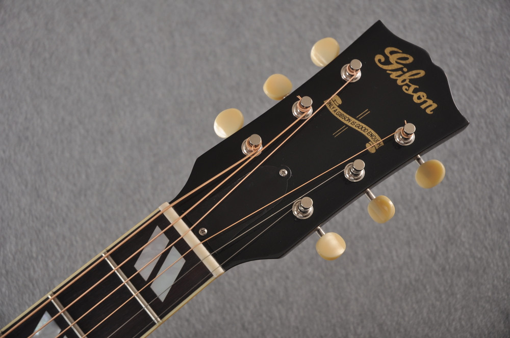 Gibson 1942 Banner Southern Jumbo Acoustic Guitar Adi Hide Glue - View 3