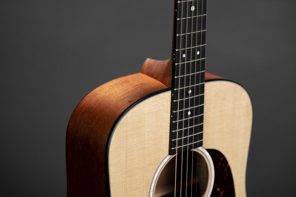 Kids Beginner Acoustic Guitar - Martin Dreadnought Junior - Sitka - View 3