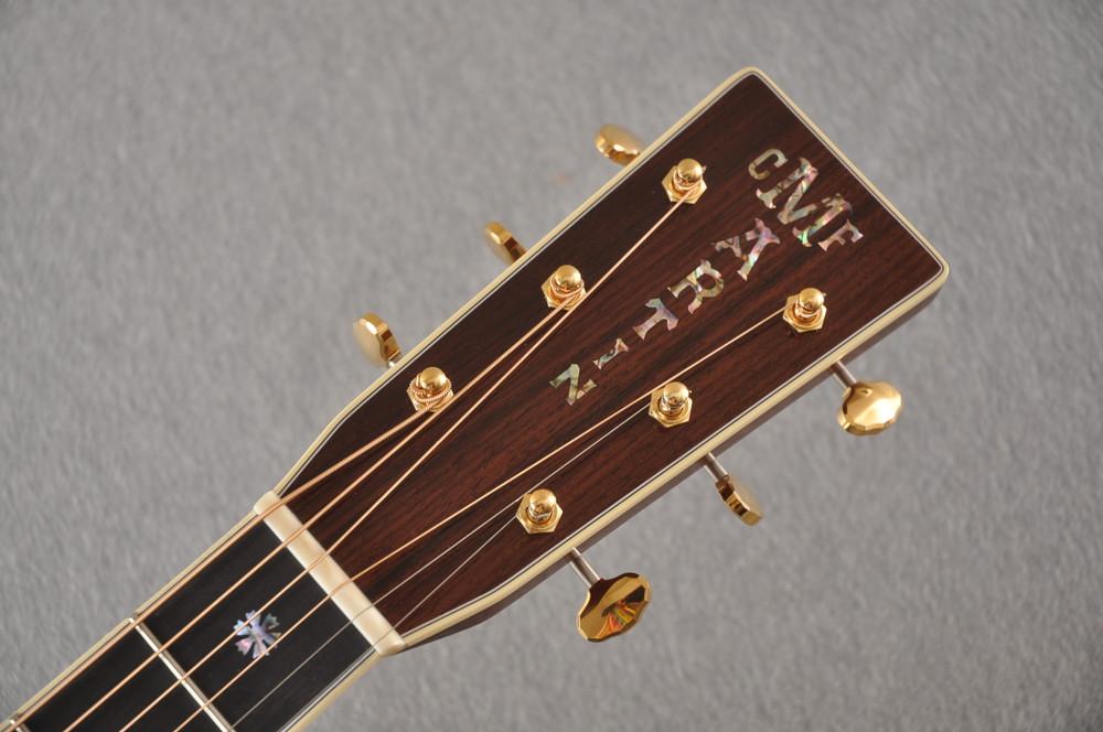 Martin OM-42 Standard Acoustic Guitar #2266329 - Headstock