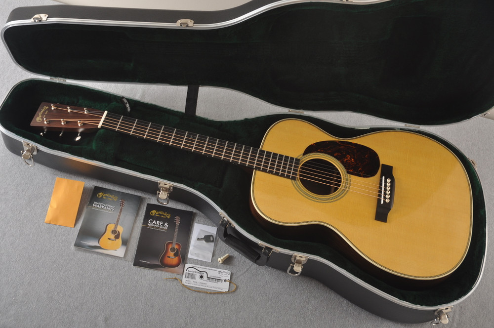 Martin 000-28 Acoustic Guitar #2286698 - Case