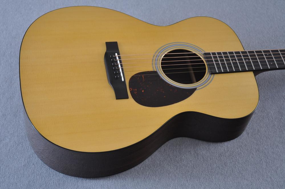Martin OM-21 (2018) Natural Acoustic Guitar #2149340 - Top